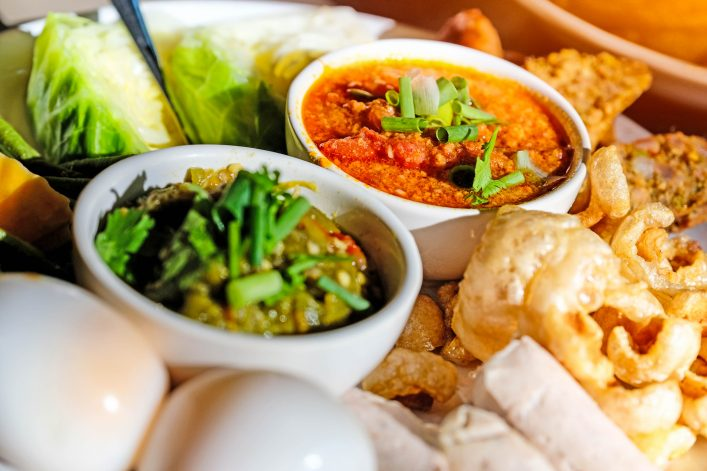 Thai food – Northern style shutterstock_526907479-2