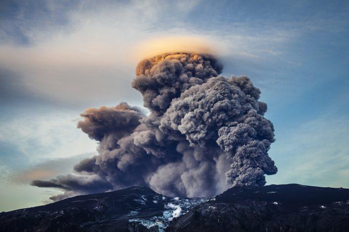 Vulkantour Island