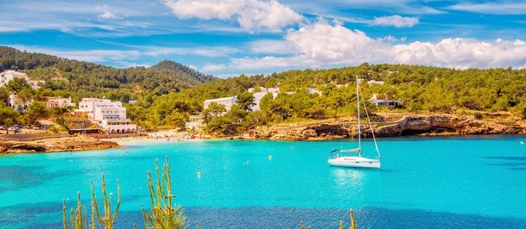 Ibiza Cala de Portinatx iStock_000062653562_Large