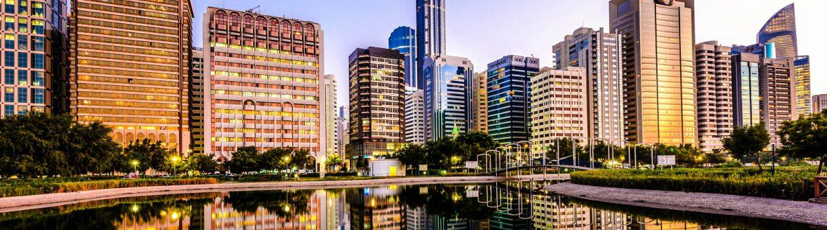Abu-Dhabi-Skyline-iStock_000023648259_Large-2
