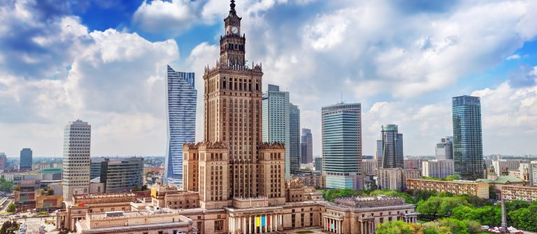 Warszawa_Warsaw_shutterstock__190990370