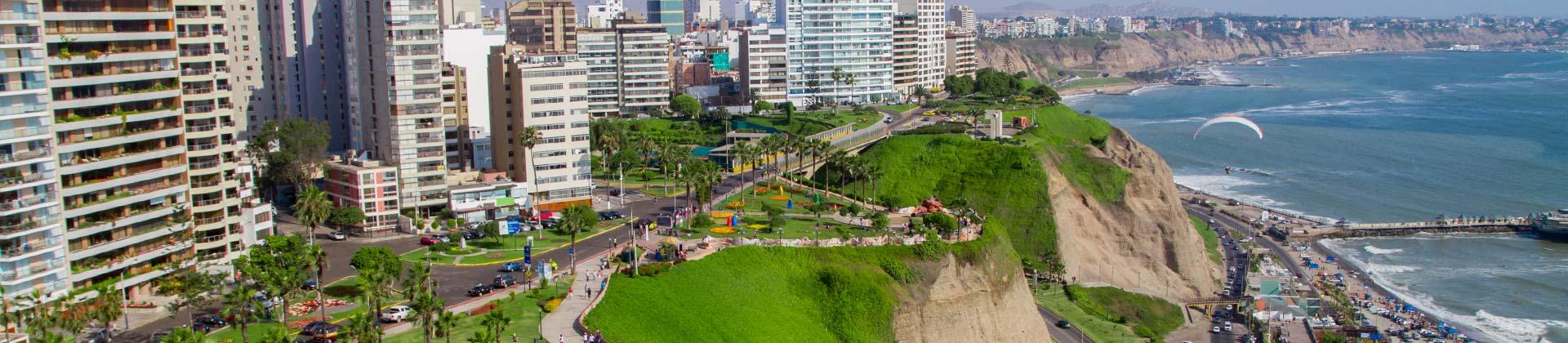De kustlijn van Lima