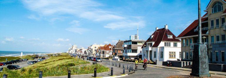 Coastal boulevard in Noordwijk, Netherlands shutterstock_155105081-2
