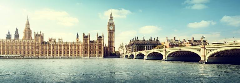 Big Ben in sunny day, London_shutterstock_237866770