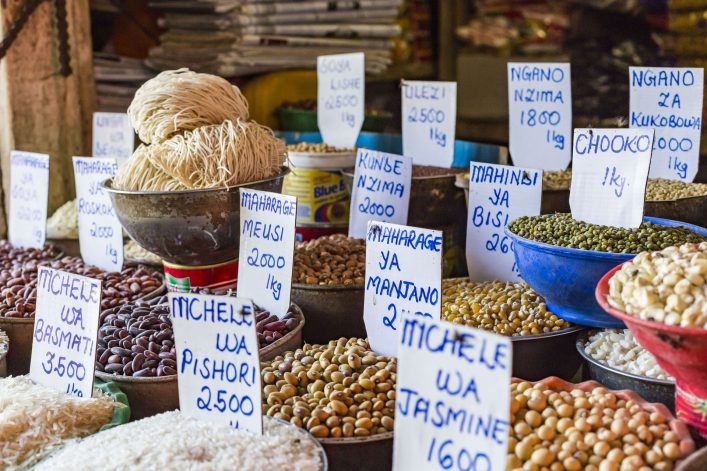 traditional-food-market-in-zanzibar-africa-shutterstock_383740771-2