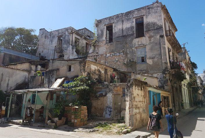 Heruntergekommen und trotzdem schön Havanna Kuba