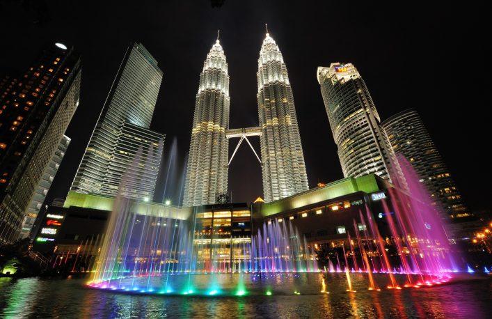 Kuala Lumpur Tipps, Petronas Twin Towers, Show, Brunnen