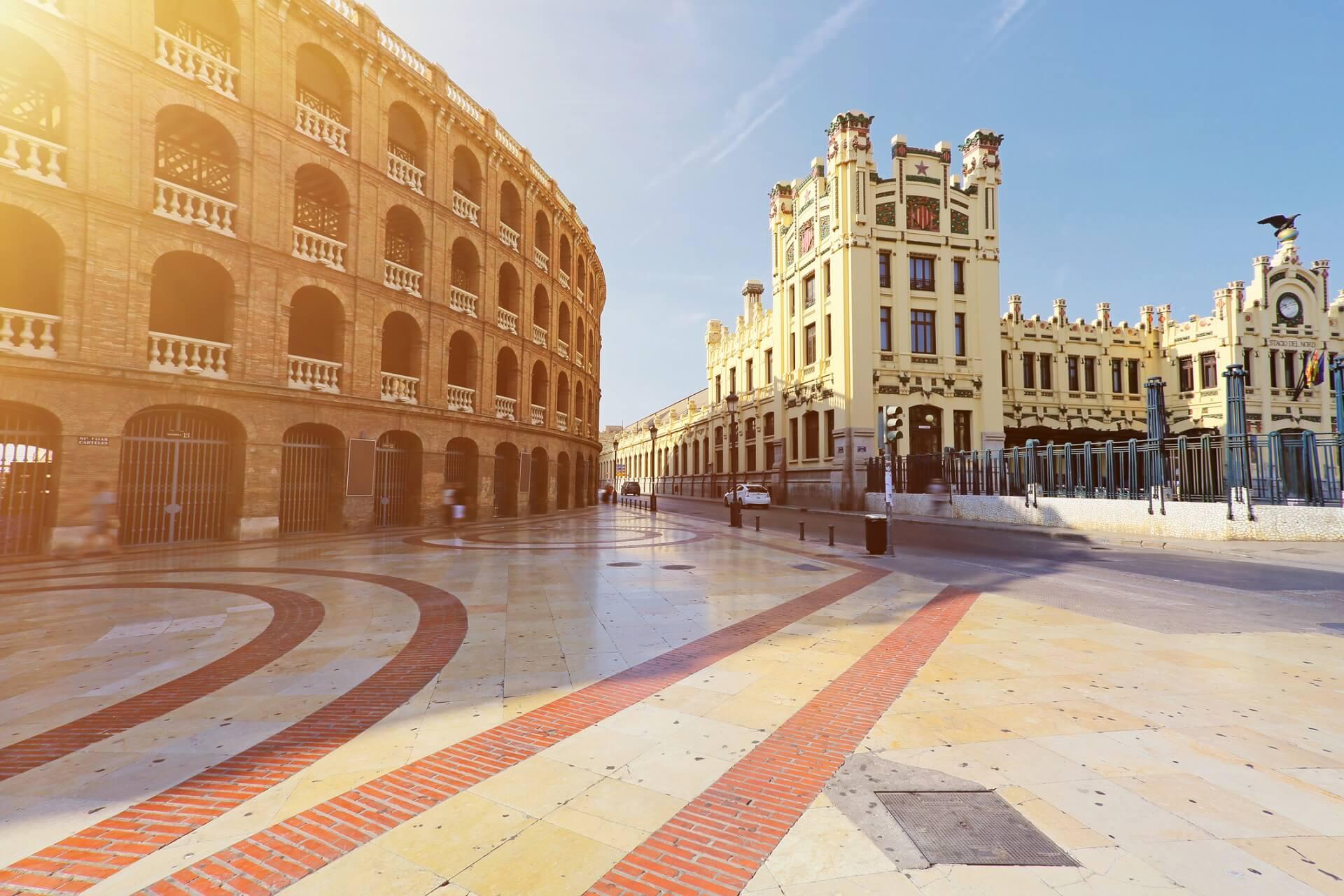 Valencia tipps f r die spanische k stenstadt urlaubsguru for Oficina de correos valencia