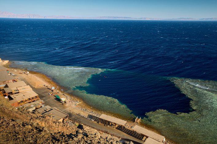 das Blue Hole in Ägypten ist ein super Tauchspot im Roten Meer