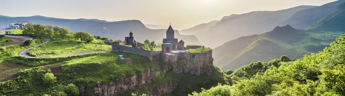 Das Kloster Tatev in Armenien ist eines der bekanntesten und malerischsten Kloster des Landes.