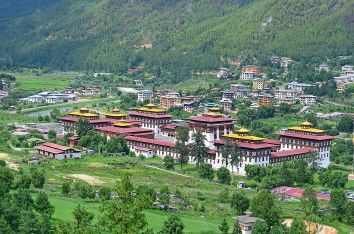 Tashichho Dzong Kloster Bhutan shutterstock_284541707