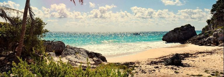 cancun_beach_water_512346400