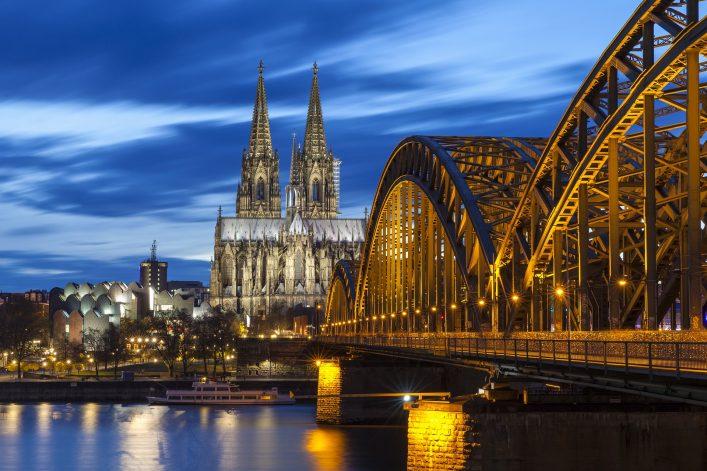 Die Kölner Lichter ist ein begehrtes Events. Hier erfahrt ihr alles über die Veranstaltung