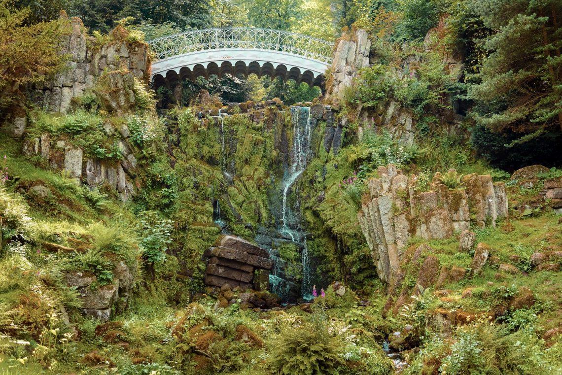 Brücke im Bergpark von Kassel