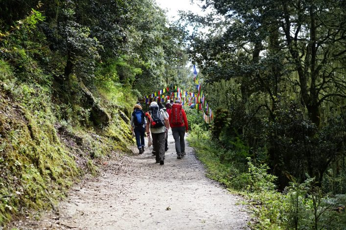 trekking im bhutan shutterstock_502713169