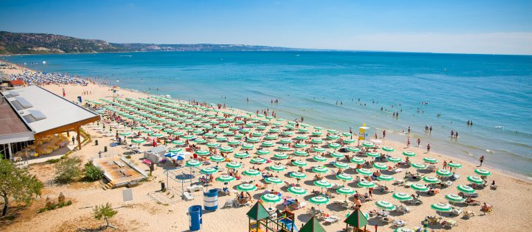 Beach_Sunny BEach