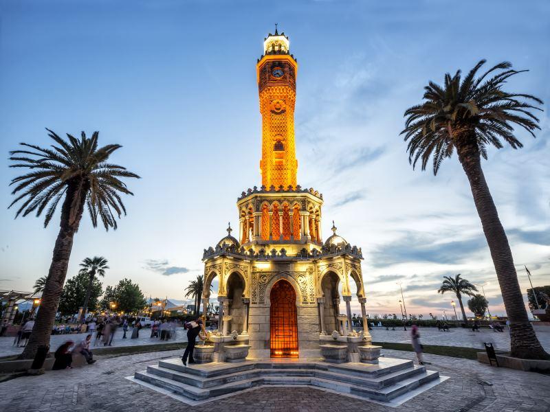 Turmuhr in Izmir