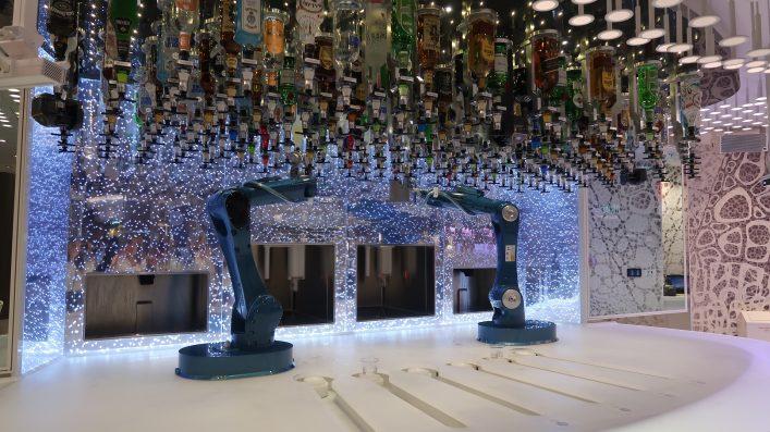 Roboter Bar auf der Symphony of the Seas
