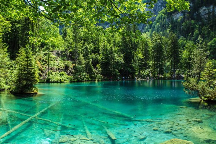 The Blausee lake, in Switzerland shutterstock_405077011-2 (1)