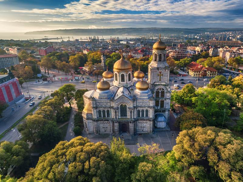 shutterstock_511415530_Aerial view of The Cathedral of the Assumption in Varna
