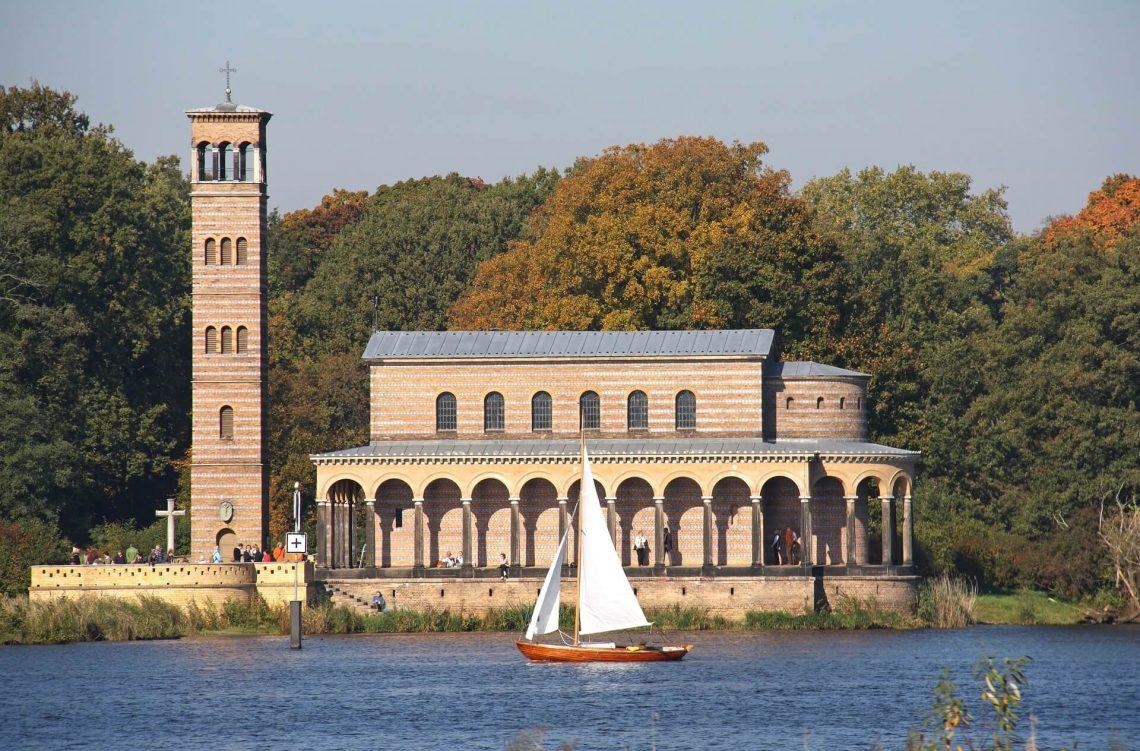Sacrower See Berlin iStock-183293908