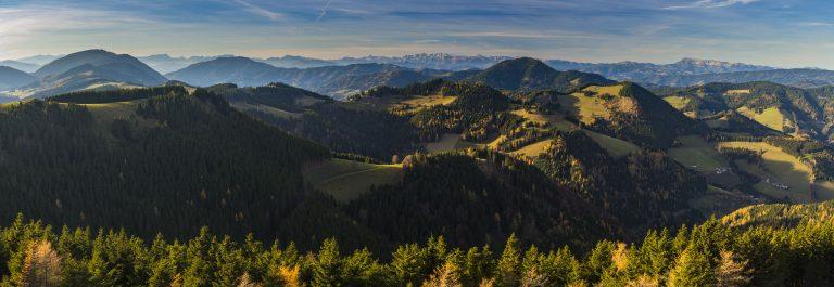 das größte zusammenhängende Almweidegebiet Europas – Naturpark Almenland (c) Oststeiermark Tourismus, Bernhard Bergmann (1)