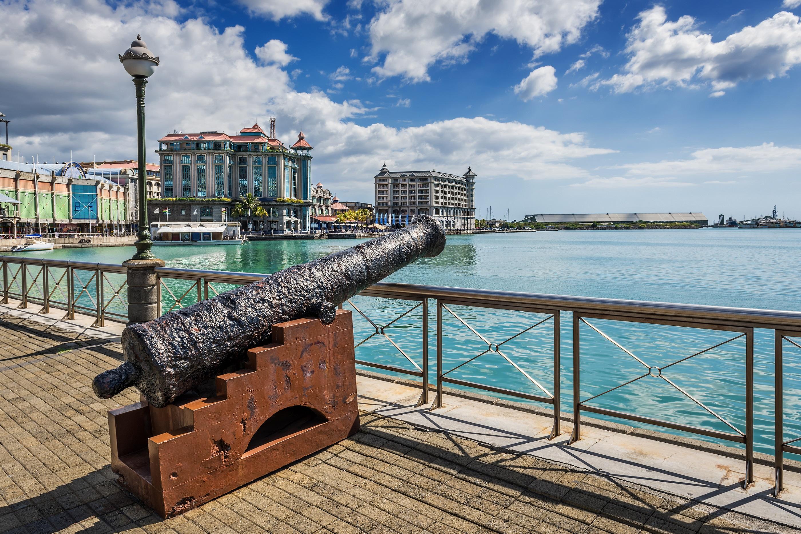 Port louis entdeckt mauritius 39 faszinierende hauptstadt - Restaurants in port louis mauritius ...