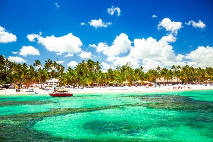 Strand eines Hotels in der Dominikanischen Republik