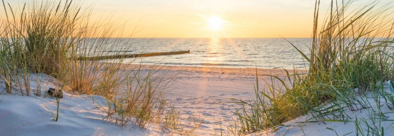 Sunset at the Baltic Sea Beach shutterstock_788833822