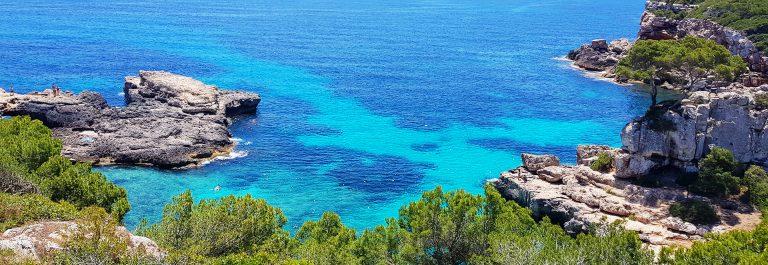 Ausblick am Cap des Moro im Südosten von Mallorca