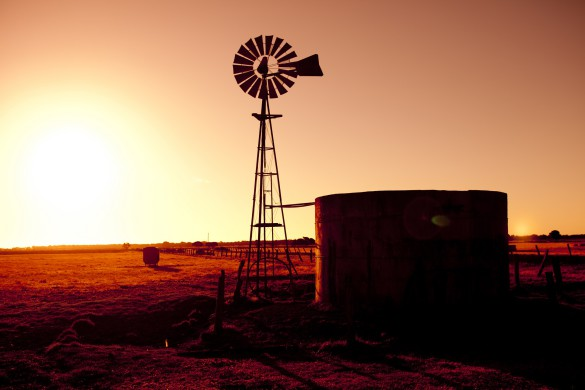 Sunset Windmill shutterstock_102086599_1920